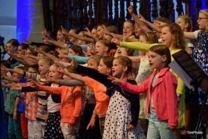 Kinder- en jeugdkoor Jong Holland uit Huizen (foto: TimPhoto)